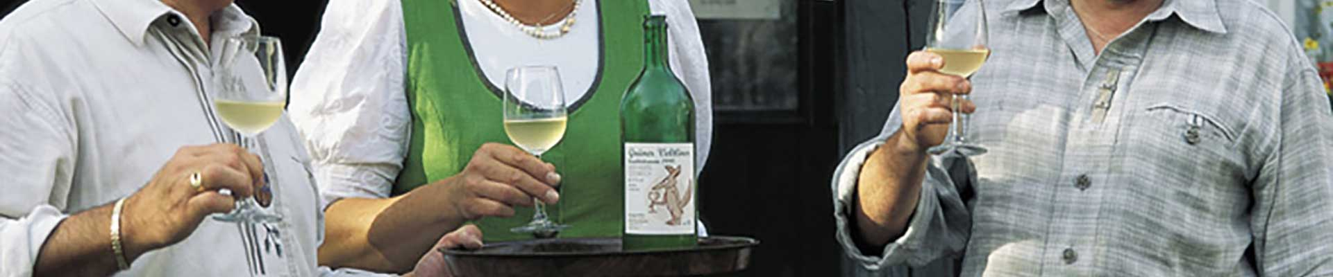 Heurigen und Wein verkosten - Gastronomie im Schmidatal