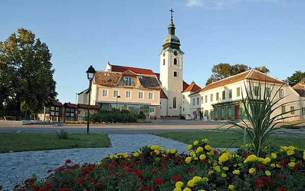 Hauptplatz in Sitzendorf im Weinviertel
