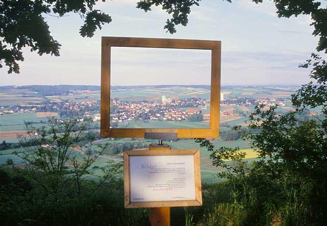 Ausblick nach Ziersdorf vom Rundwanderweg Köhlberg