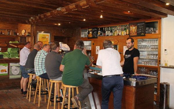 Gasthaus Trixis Ravelsbacherhof an der Bar