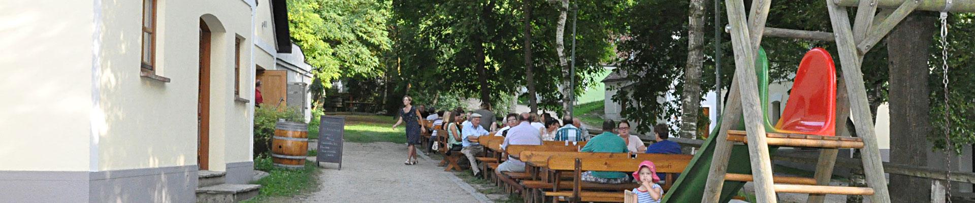 Zwimandlkölla Gastgarten - Buschenschank im Schmidatal