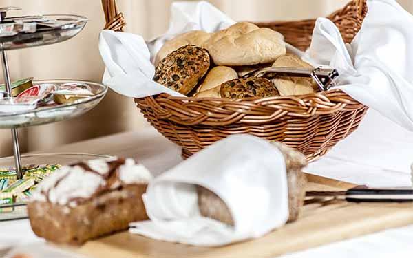 Amethysthotel Maissau - großes Frühstücksbuffet
