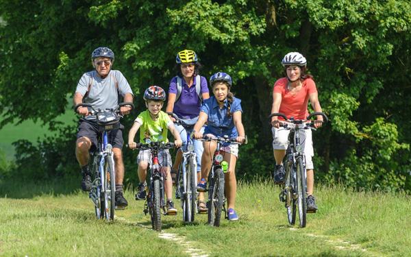 Radfahren im Landschaftspark Schmidatal