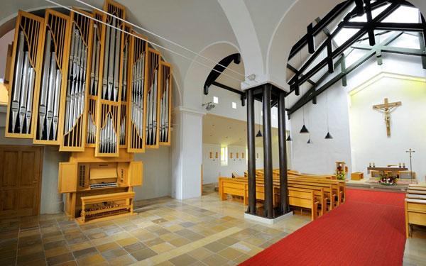 Imposante Grenzing Orgel in der Pfarrkirche Ziersdorf