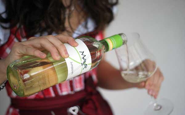Weingut Mayr - Flasche Weisswein