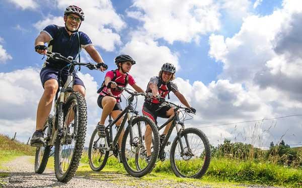 Gruppe Fahrradfahrer Mountainbiker